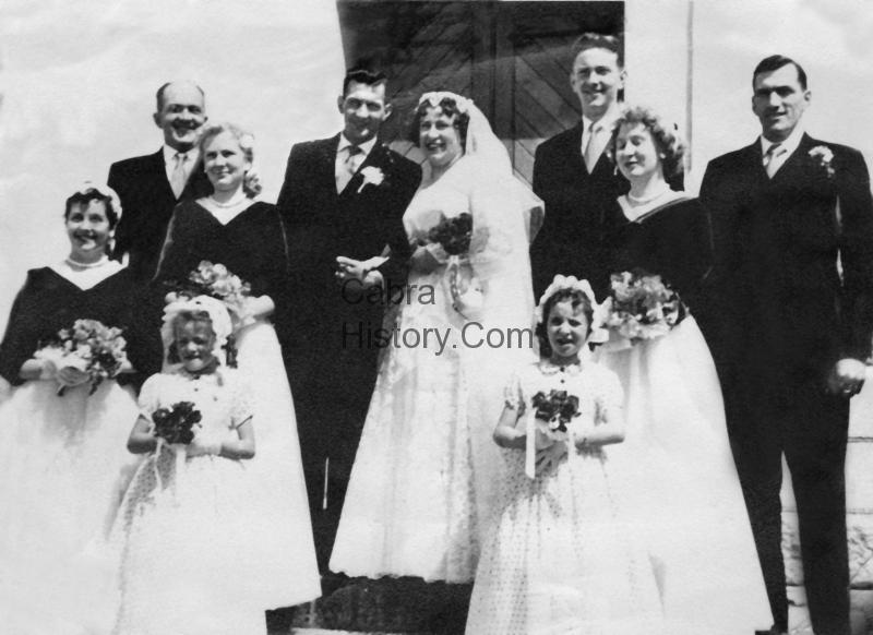 Mr & Mrs O\'Reilly wedding 75 Fassaugh Ave