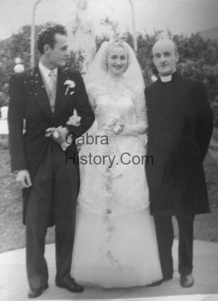 Horst & Bridie Hentschel with father Kavanagh-1957-Wedding