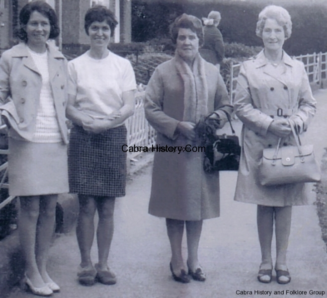 Patty lynch / first cousin Peggy shields Drimagh /Mrs lily  Lynch & sister Nellie Shields Drimagh.-Willie Lynch