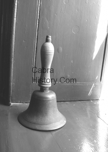 The Nun\'s School Bell