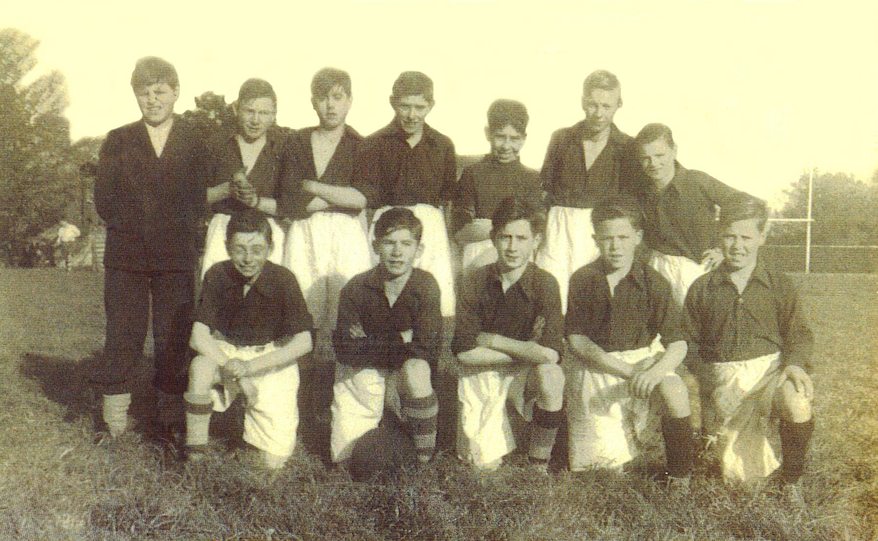st-anthonys-boys-club-1946-47-1.jpg
