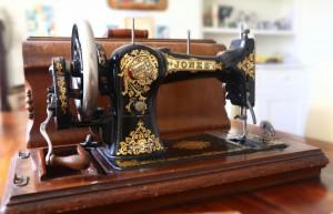 Sewing Macine pix